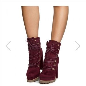 Wine lace up boots